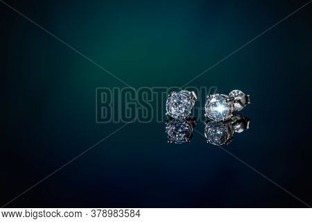 Modern Minimalist Geometric Silver Earring On Clipping Path Background