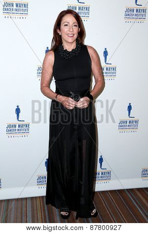 LOS ANGELES - FEB 11:  Patricia Heaton at the 30th Annual John Wayne Odyssey Ball at the Beverly Wilshire Hotel on April 11, 2015 in Beverly Hills, CA