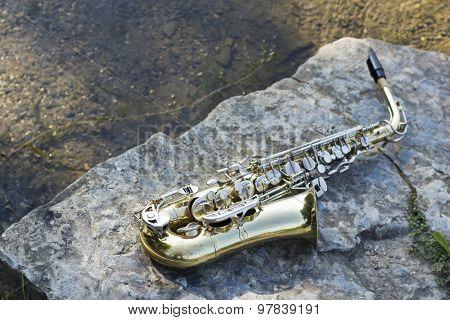 Saxophone Lake