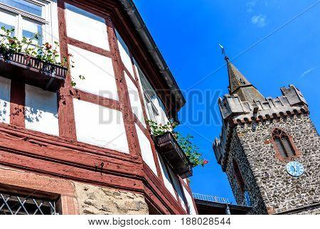 Old Town Hall and the Jakobuskirche in Bruchkoebel (close to Hanau), Hesse, Germany