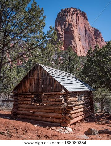 Larson Cabin Ruin in Zion Canyon wilderness