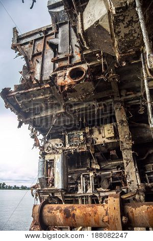 Rusty ruins of Russian warship sawed for scrap metal