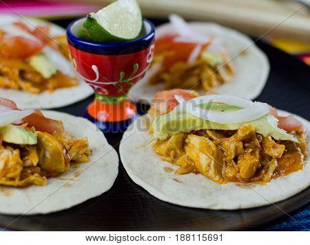 conjunto de tacos mexicanos. Set of Mexican tacos.