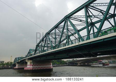 Memorial Bridge In The Cloudy Day