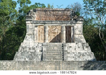 Mayan Pyramid Of Barbado In Chichen Itza