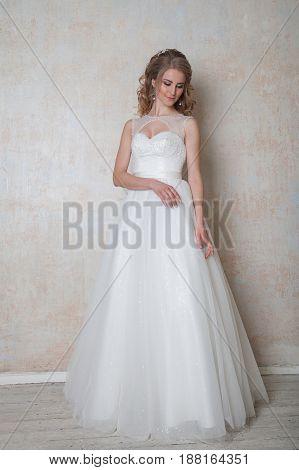 bride in wedding dress in the vintage style wedding