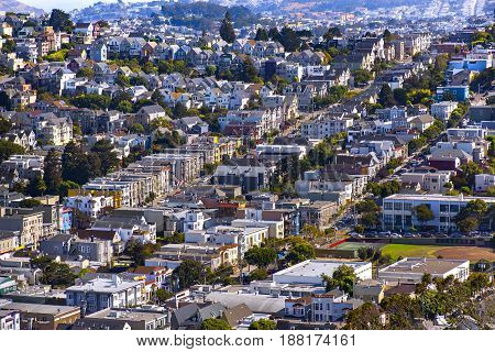 Homes in a line on the hills of San Francisco