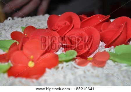 Red marzipan flowers for birthdays and weddings