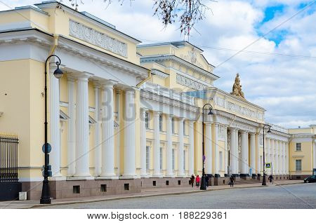 SAINT PETERSBURG RUSSIA - MAY 4 2017: Unknown people are walking along Inzhenernaya Street near famous Russian Ethnographic Museum St. Petersburg Russia