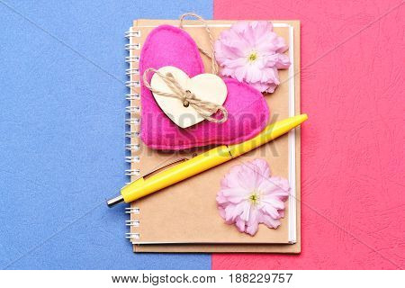 Notepad And Pink Handmade Heart With Blooming Sakura Flowers