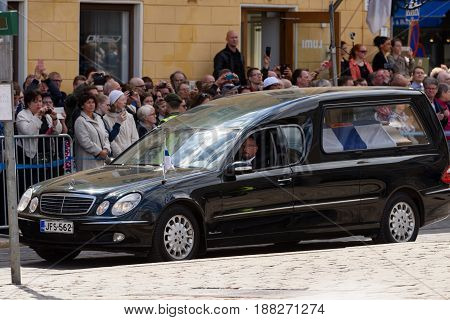HELSINKI, FINLAND - MAY 25: The state funeral and cortege of the former President of the Republic of Finland Mauno Koivisto on Aleksanterinkatu at the Senate Square May 25, 2017 in Helsinki, Finland.