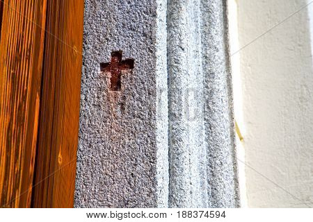 Wall Milan   Italy Old   Church Concrete  Wood