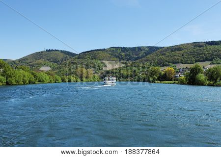 Moselle River between Bernkastel-Kues and Andel in Spring