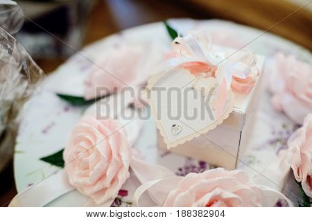 Wedding Decoration With White Heart And Pink Roses