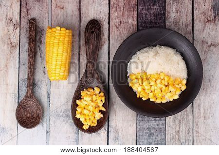 Streamed Sweet Corn With Sweet Sticky Rice In Coconut Milk .