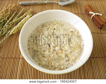 Porridge for breakfast with spelt and oats