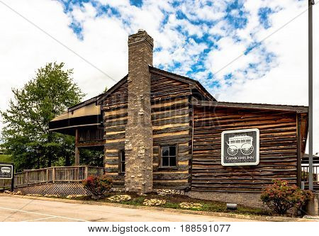 Louden Tennessee USA - May 25 2017: The historic Carmichael Inn which once served to lodge travelers that crossed the Tennessee River on the ferry and rode the stagecoach. Today it is a restaurant museum and visitors center.