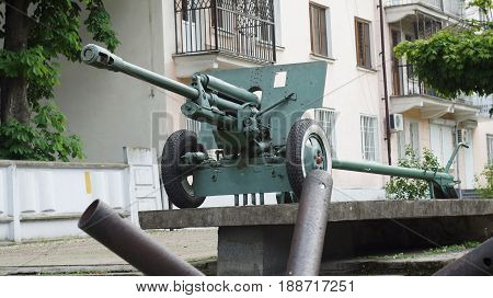 Artillery cannon of the 2nd World War on a commemorative pedestal in the center of Nalchik