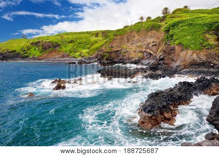 Rough And Rocky Shore At South Coast Of Maui, Hawaii