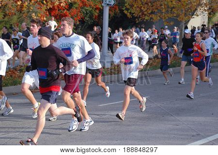 SACRAMENTO, CALIFORNIA, USA - November 26, 2009: People running on Thanksgiving morning during the Run to Feed the Hungry