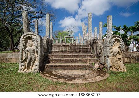 Ruins of stone columns at Thuparama Dagoba in the Mahavihara (The Great Monastery), Sacred City of Anuradhapura, Sri Lanka, Asia