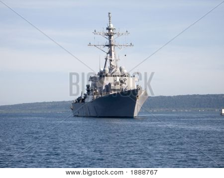 Us Destroyer Anchored In Harbour.