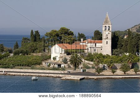 Prirovo a low peninsula in Vis. On it is a Franciscan monastery built in the 16th century.