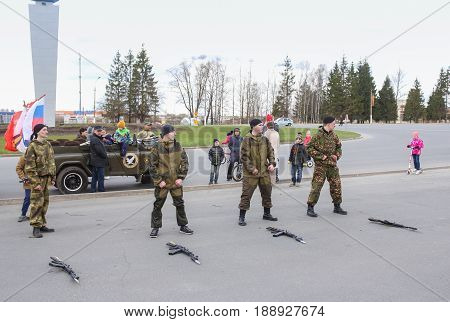 Kirishi, Russia - 9 May, Soldiers of special forces and machine guns, 9 May, 2017. Holiday demonstration speeches of special forces soldiers in honor of Victory Day.
