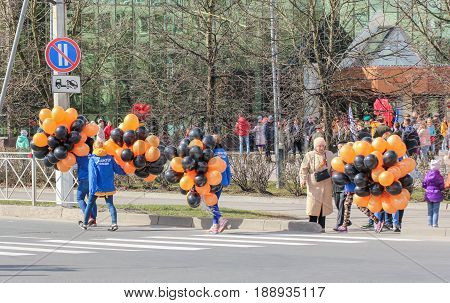 Kirishi, Russia - 9 May, Volunteers with balloons, 9 May, 2017. Preparation and conduct of the action Immortal regiment in small cities of Russia.