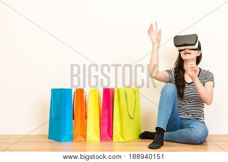 Internet Mall Seller Browsing Personal Website
