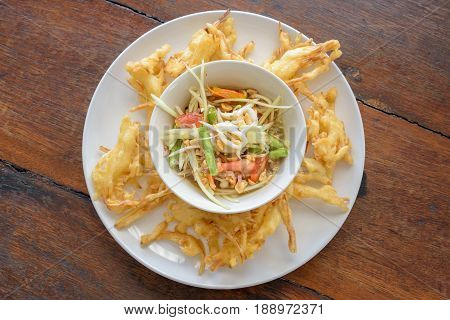 Fried Papaya Salad Recipe (som Tum Tod)