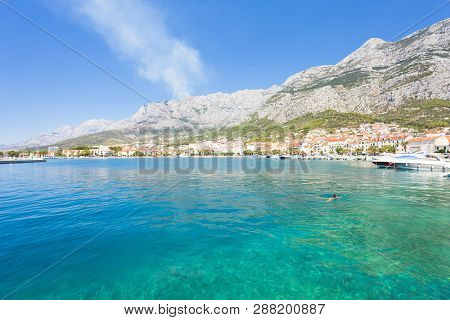 Makarska, Dalmatia, Croatia, Europe - Overview Across The Beautiful Bay Of Makarska