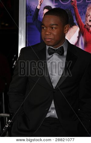 """LOS ANGELES - JAN 9:  Dexter Darden arrives at the""""Joyful Noise"""" Premiere at Graumans Chinese Theater on January 9, 2012 in Los Angeles, CA"""