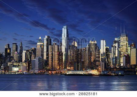 Город Нью-Йорк вниз