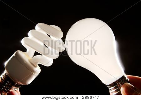 Cfl And Incandescent Lightbulbs
