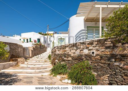 Sifnos, Greece - September 11, 2018: Architecture Of Apollonia, The Capital Of Sifnos. Cyclades, Gre