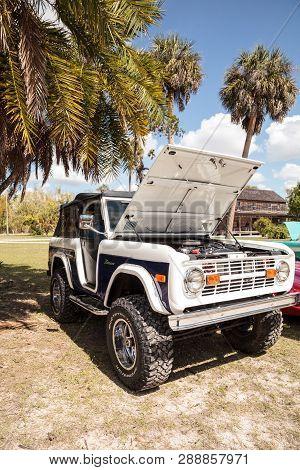 Estero, Florida, Usa - February 23, 2019:  White And Blue 1978 Ford Bronco At The 10th Annual Classi