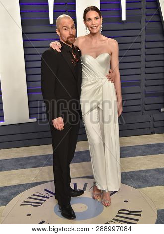LOS ANGELES - FEB 24:  Sam Rockwell and Leslie Bibb arrives for the Vanity Fair Oscar Party on February 24, 2019 in Beverly Hills, CA