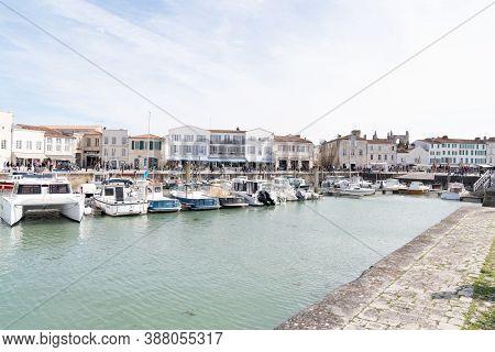 Saint Martin En Re - Ile De Re  Nouvelle Aquitaine / France - 05 02 2019 : View Of Port At Saint Mar