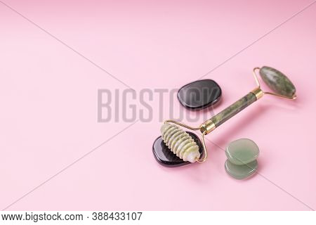 Luxury Skincare Korean Beauty Products . Jade Stone Face Roll Massager - Facial Roller Massaging The