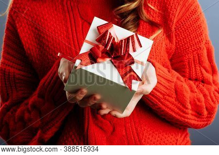 Close Up View Of Hands Are Giving A Beautiful Gift Box To You, Female Giving Gift, Presents And Gree