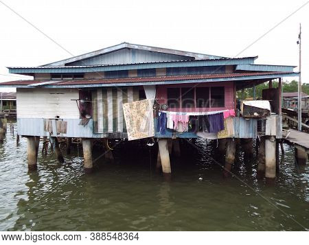 Bandar Seri Begawan, Brunei, January 25, 2017: Clothes Hanging In A House On The River Of Kampong Ay