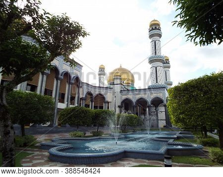 Bandar Seri Begawan, Brunei, January 26, 2017: One Of The Fountains In The Gardens Of Jame Asr Hassa