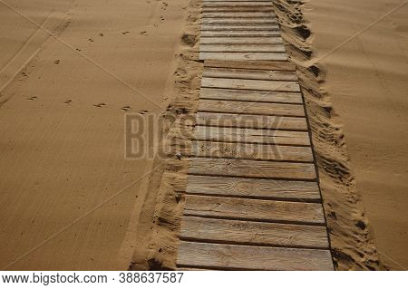 Romantic Getaway, Hot Sand Resort, Wooden Flooring, Clean Sand, Path To The Sea, Path, Walk On The S