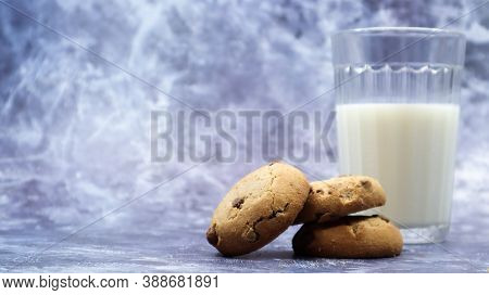 American Gluten Free Chocolate Chip Cookies With Glass Glass Of Vegetable Milk On Gray Background. C