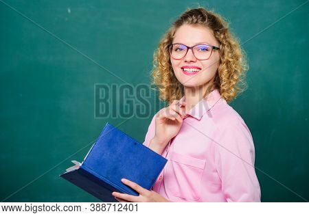 Teacher Explain Hard Topic. Teacher Best Friend Of Learners. Pedagogue Hold Book And Explaining Info