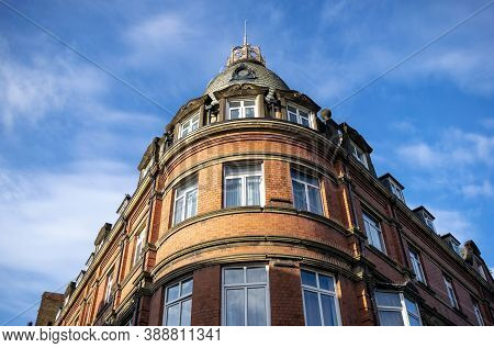 Doncaster,yorkshire, England - October 7, 2020. Building With Crown On Top In Doncaster.