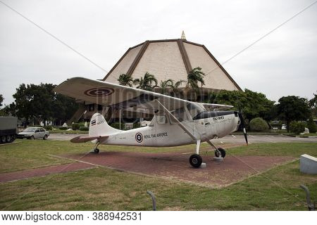 Lam Luk Ka, Pathumthani,thailand November 5, 2017: Decommission Plane Of Thai Army Place Outdoor At