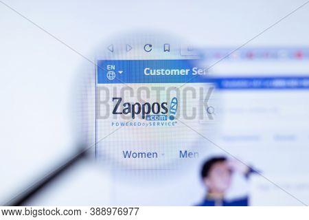 New York, Usa - 29 September 2020: Zappos Zappos.com Company Website With Logo Close Up, Illustrativ