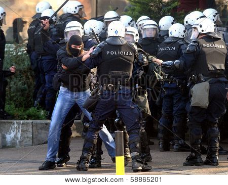 Police force action